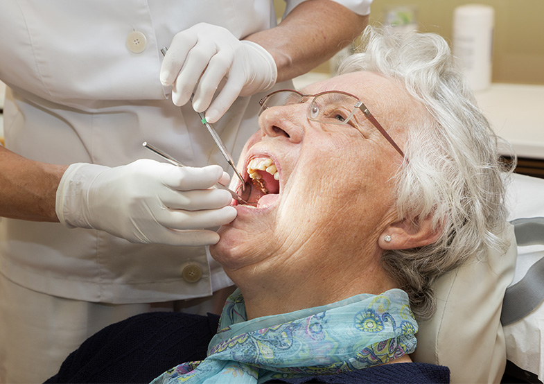 retirement home dentures